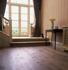 Puro antico aged oak planks for a house in Guildford, Surrey