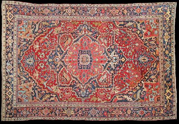01 A555 Antique Heriz Carpet