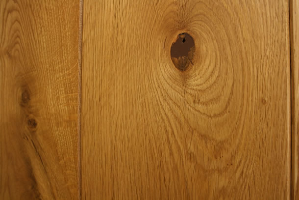 01 Semi Solid Rustic French Oak Clean Face and Bevelled Edge Smoked Planks With Natural Wax Oil