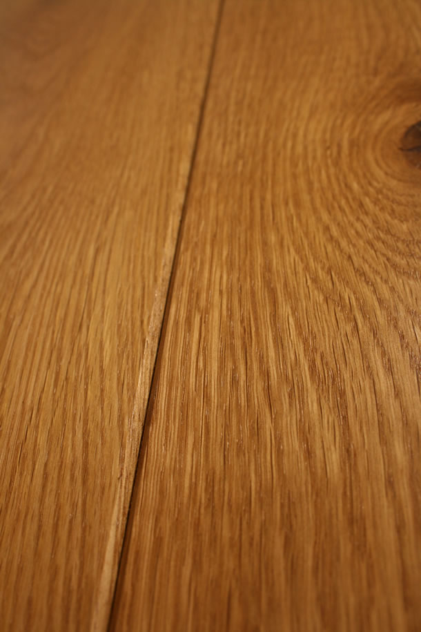 03 Semi Solid Rustic French Oak Clean Face and Bevelled Edge Smoked Planks With Natural Wax Oil