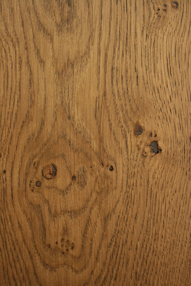 02 Engineered Rustic French Oak Finished With Brushed Barley
