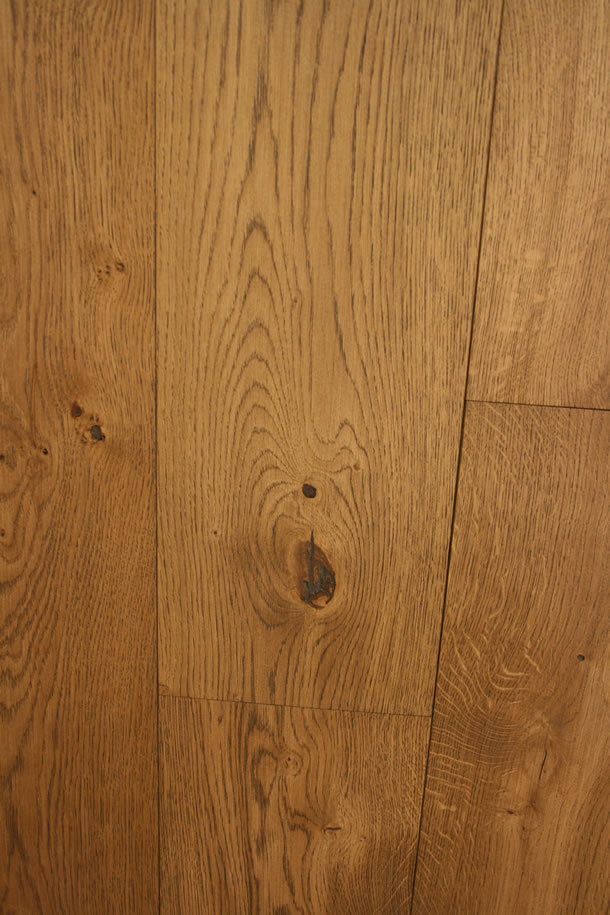 03 Engineered Rustic French Oak Finished With Brushed Barley