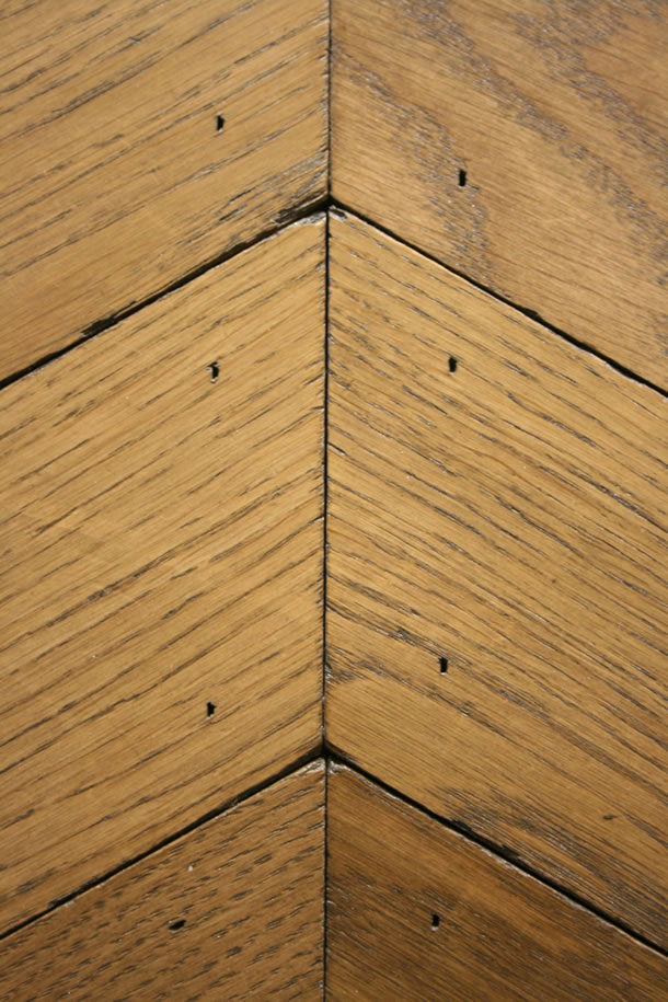 03 Solid Rustic French Oak Hungarian Point Parquet Distressed Blocks With Barley Wax Oil